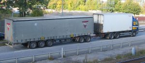 What Federal and Texas Laws Apply to Semi-Truck Accidents? - Freeman